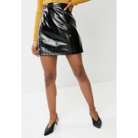 Vero Moda Women Shine short zip up skirt - black Black PMGRFLN