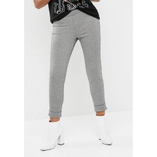 dailyfriday Women Houndstooth pant Black & White KUOUKAU